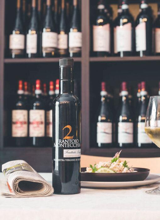 Frantoio-Montecchia-2-Golden-fruttato-leggero-Olio-Extra-Vergine-Morro-D'Oro-Teramo-Abruzzo-alta-qualità-natura-eccellente