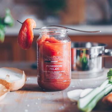 Conserve-di-verdure-frantoio-montecchia-morro-d'oro-teramo-abruzzo-pomodori-pelati