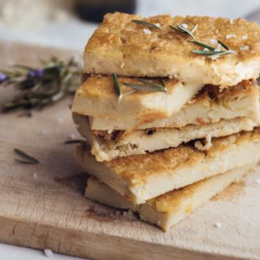 Frantoio-Montecchia-Olio-Extra-Vergine-Morro-D'Oro-Teramo-Abruzzo-Eccellenza-all'olio-territorio-qualità-ricette-buone