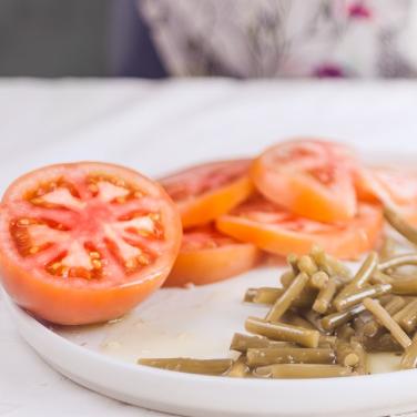 Classico-E.V.O-Pomodori-Frantoio-Montecchia-Olio-Extra-Vergine-Morro-D'Oro-Teramo-Abruzzo-Eccellenza-all'olio-territorio-qualità-EVO-classico-cibo-buono-pomodoro