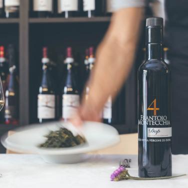 Frantoio-Montecchia-olio-E.V.O.-4-Golden-DOP-Olio-Extra-Vergine-Morro-D'Oro-Teramo-Abruzzo-alta-qualità-eccellenza