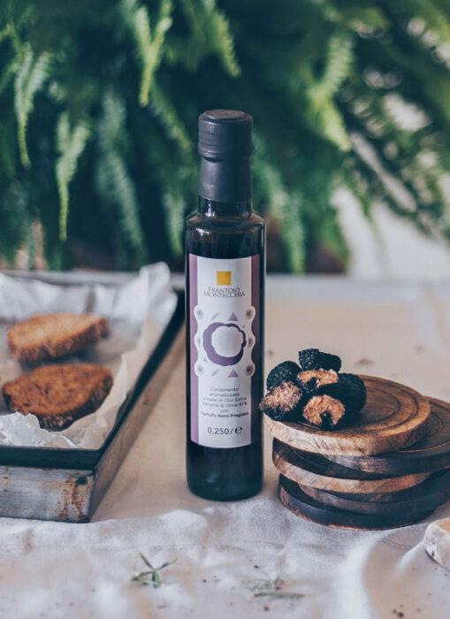 Frantoio-Montecchia-tartufo-condimenti-oli-aromatizzato-Olio-Extra-Vergine-Morro-D'Oro-Teramo-Abruzzo-cucina